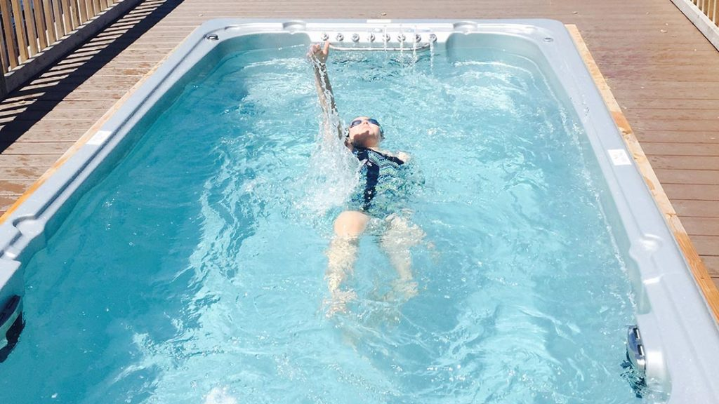 How to choose the right swim spa current for your family