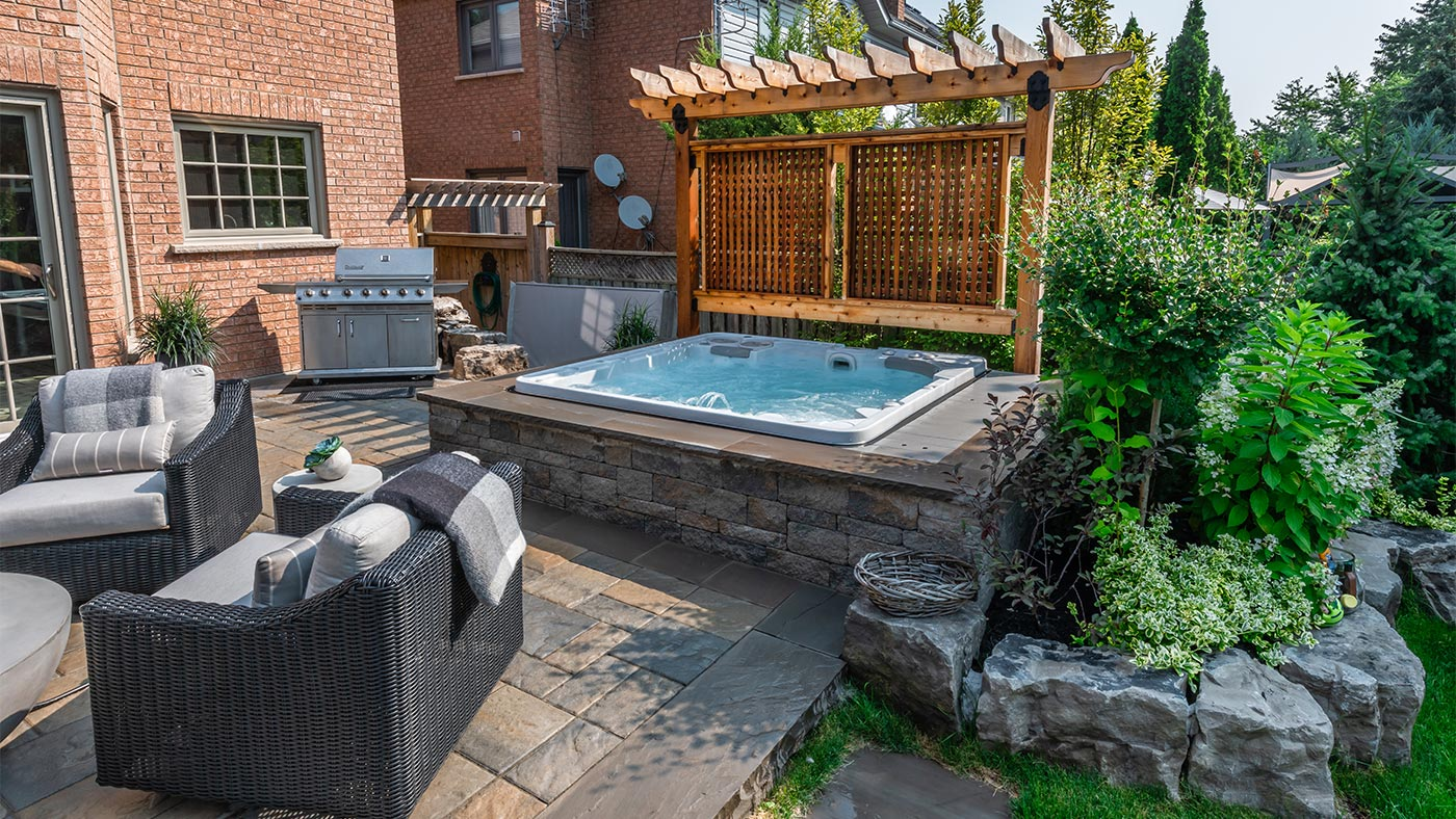 Buy Hot Tub >> When Is The Best Time To Buy A Hot Tub Brady S Pool Spa